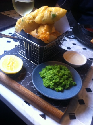 BARRAMUNDI herb battered, house made tartare, mushy peas, hand cut chips  - $21