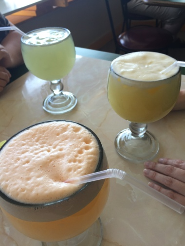 Cantalope {recommended, but not on the menu!}, Limonata, piña